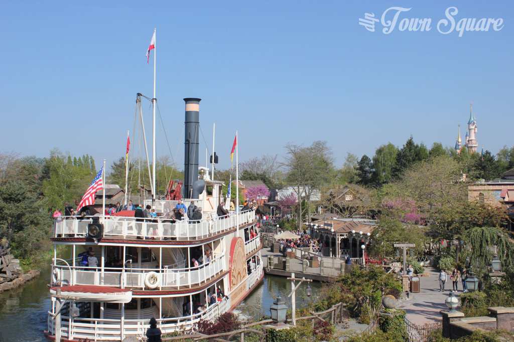 Overview of Frontierland at Disneyland Paris