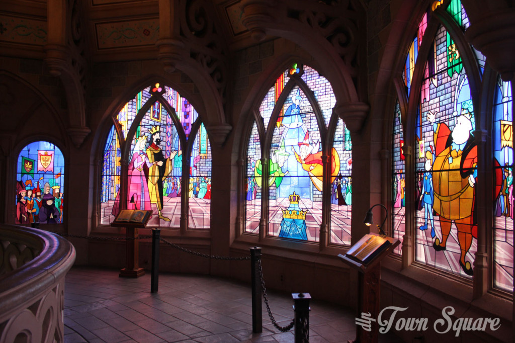 Stain glass window, Disneyland Paris Castle