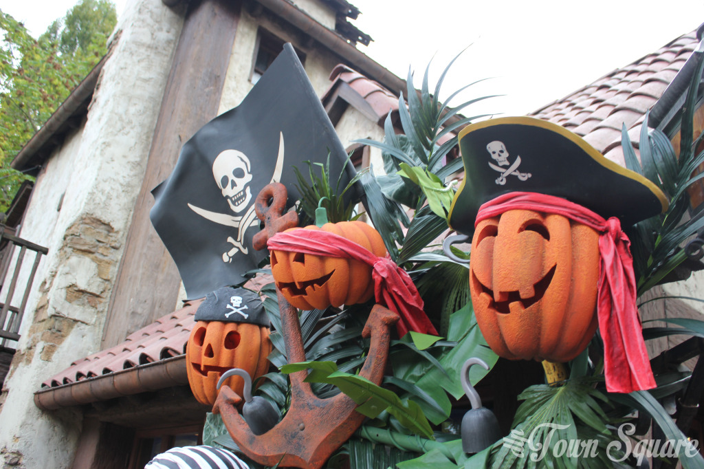 Halloween Adventureland Disneyland Paris
