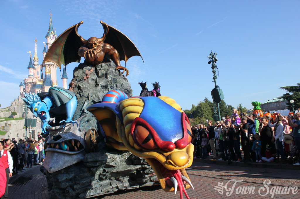 Halloween Villains Promenade Disneyland Paris