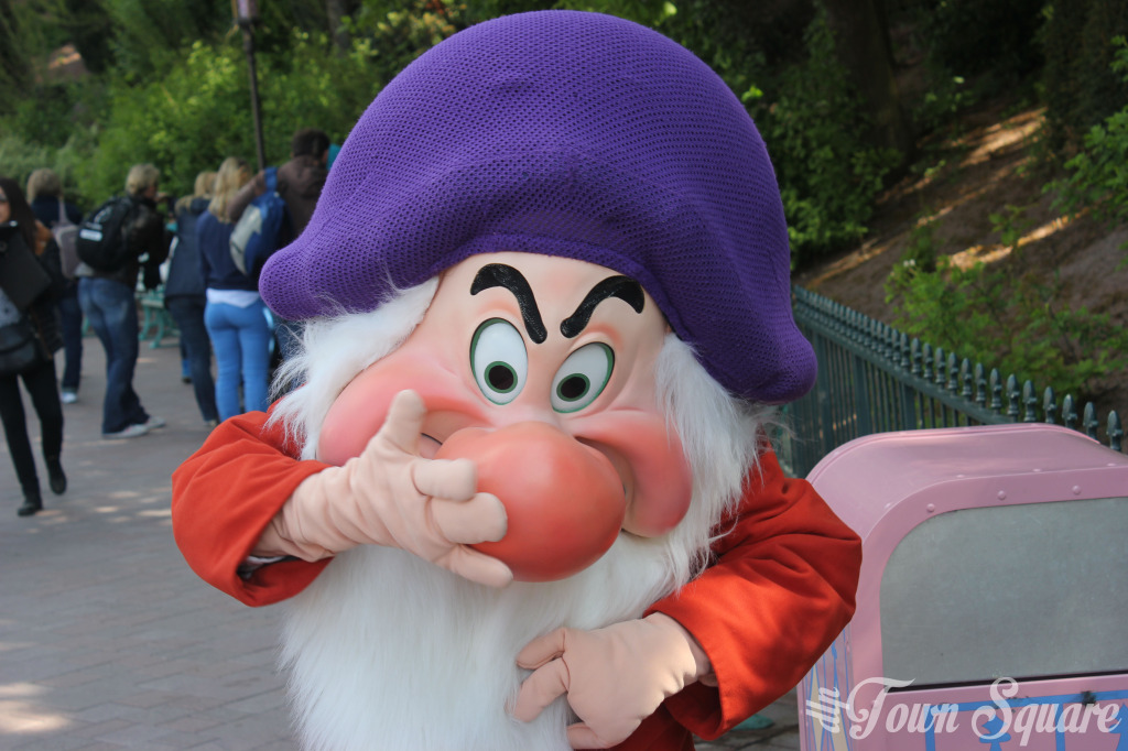 Grumpy at Disneyland Paris Fantasyland