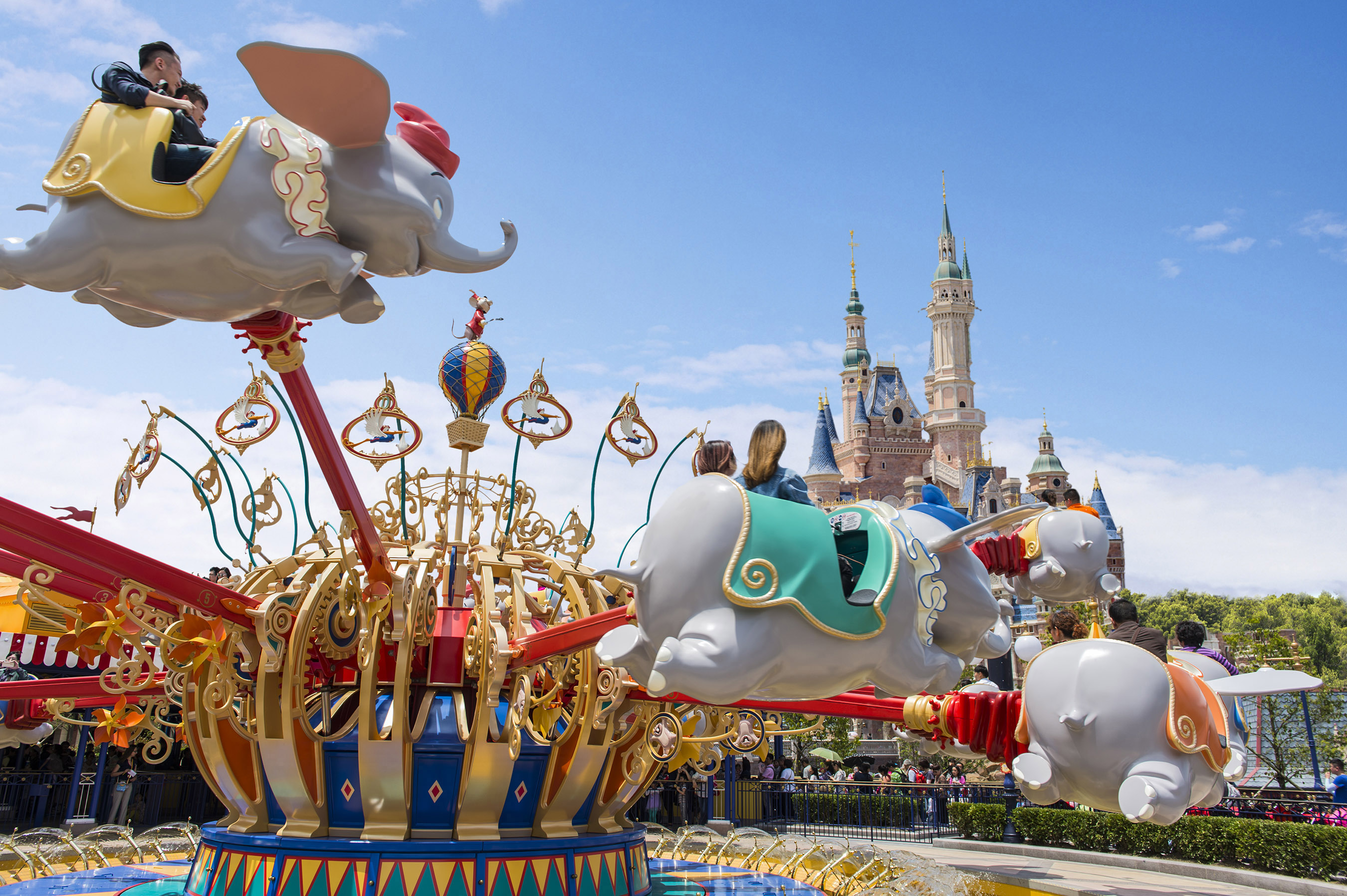 Shanghai Disneyland: A Whole New World of Disney fun