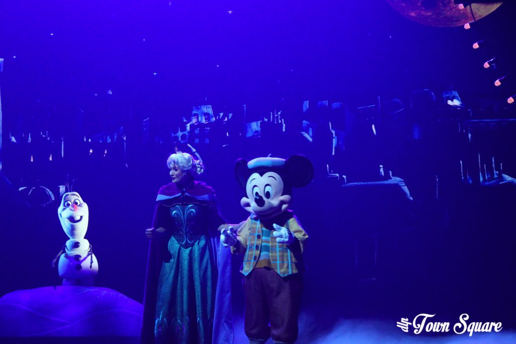 Queen Elsa and Olaf in Mickey and the Magician