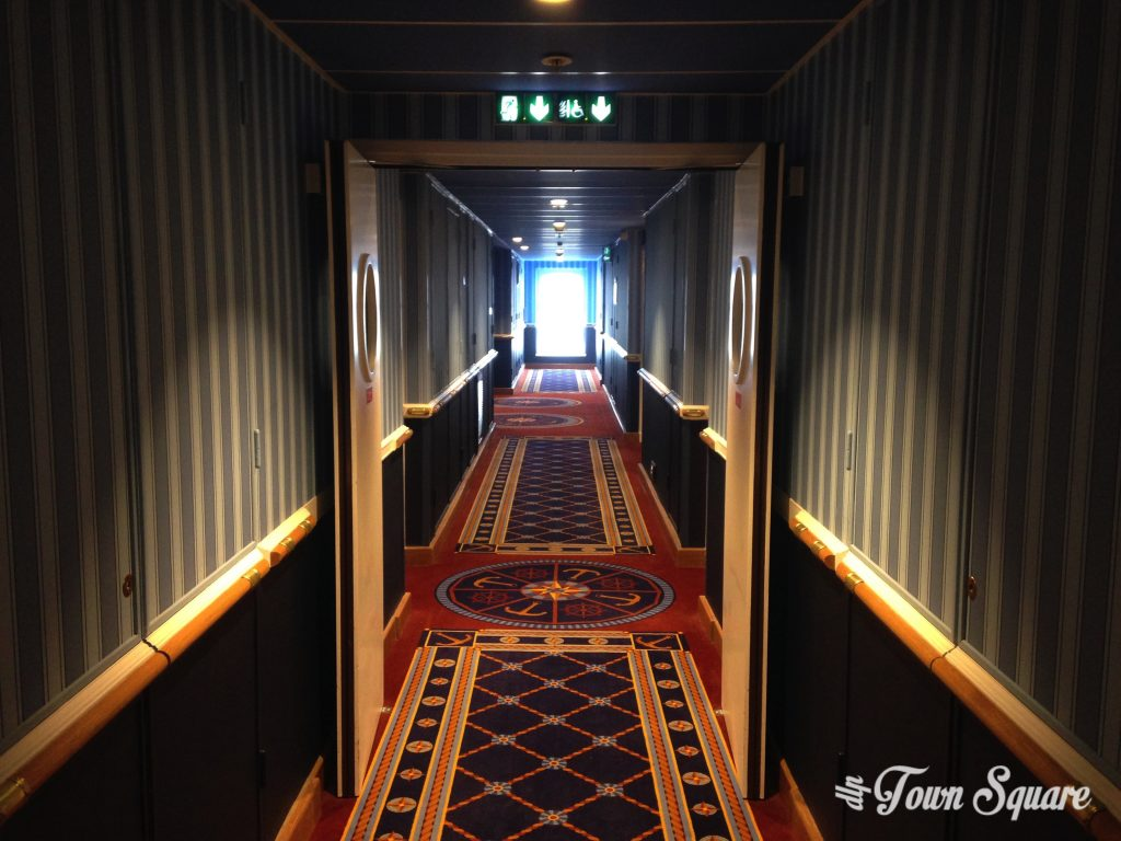 Disney's Newport Bay Club Corridor at Disneyland Paris