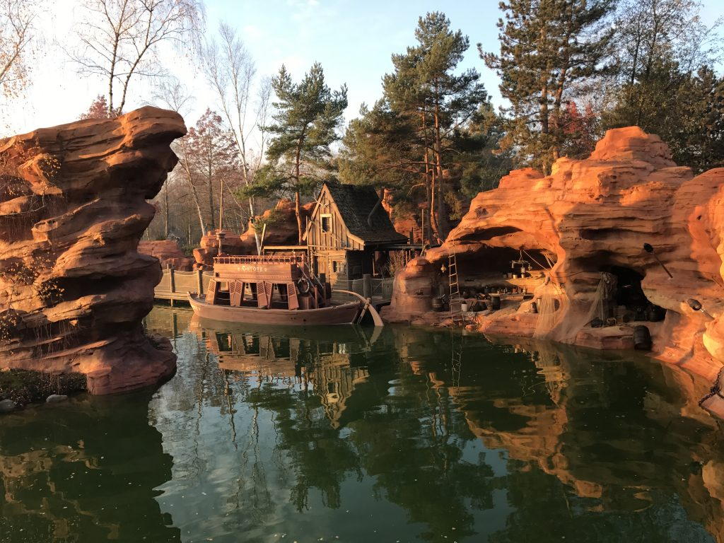 Smugglers cove from the Molly Brown at Disneyland Paris
