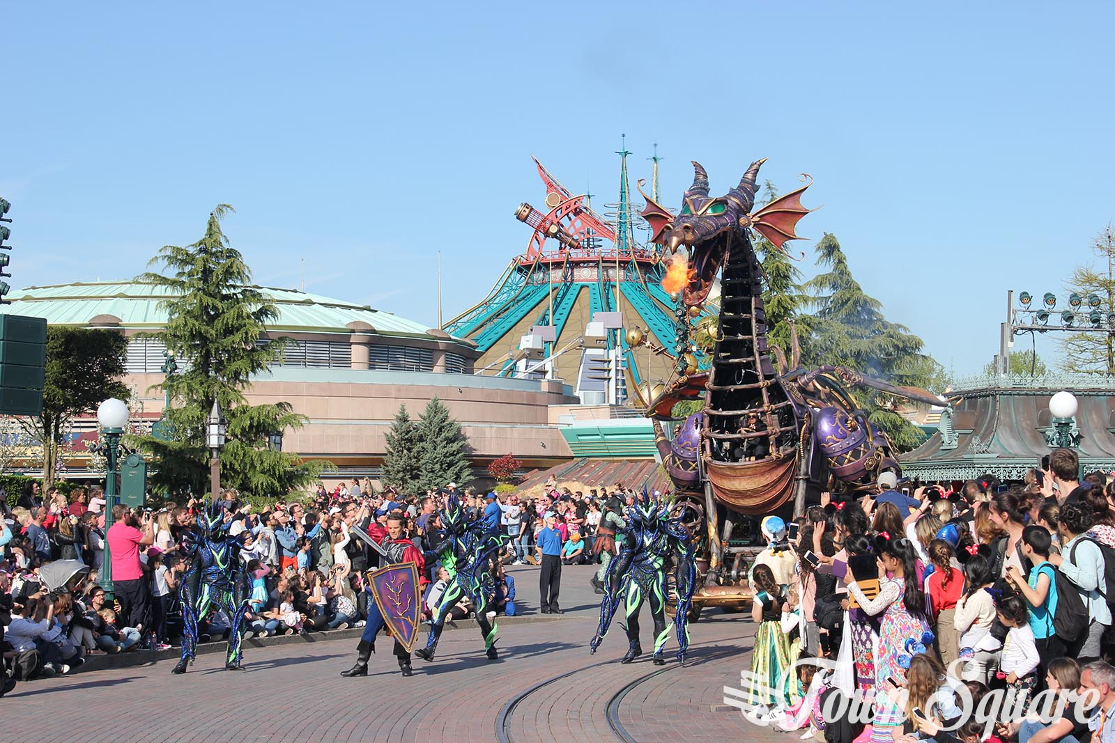 Discover Enchantment float on Disney Stars on Parade