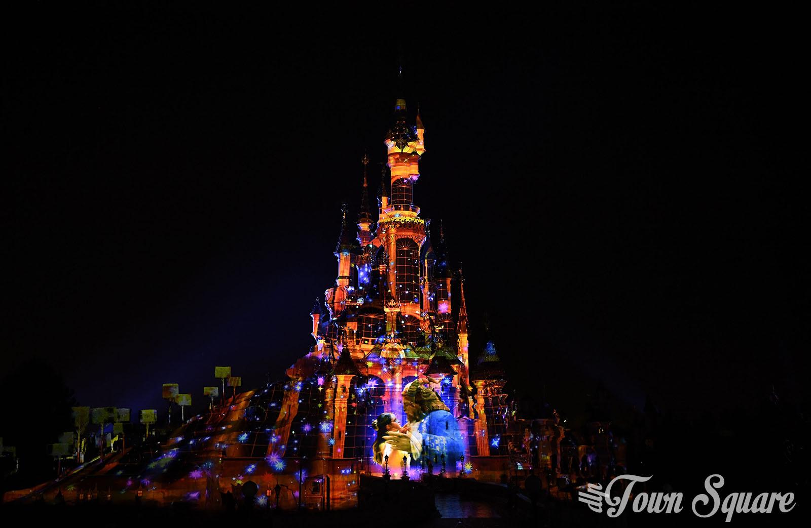 Beauty and the Beast in Disney Illuminations