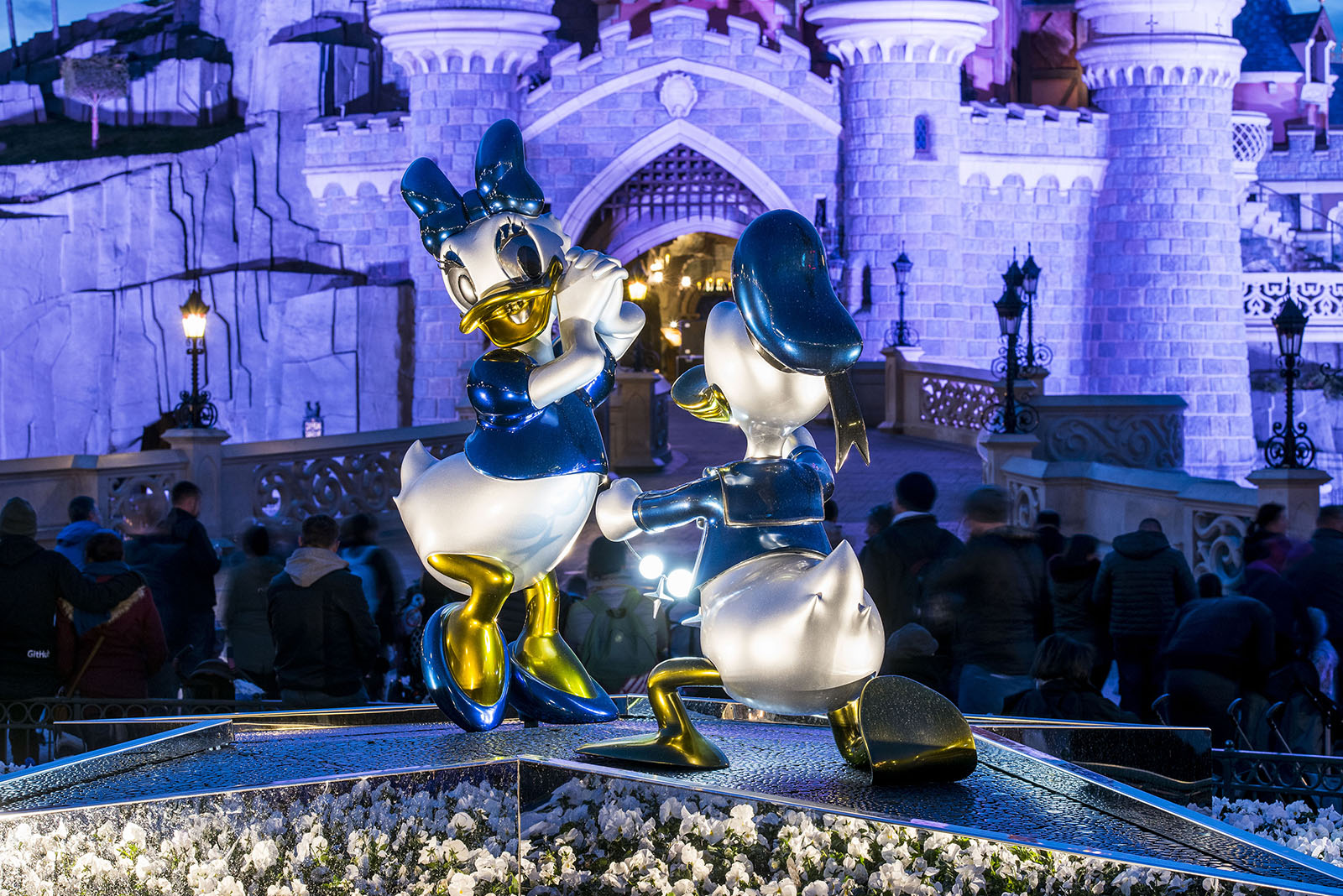 Central Plaza statues - Disneyland Paris 25th anniversary