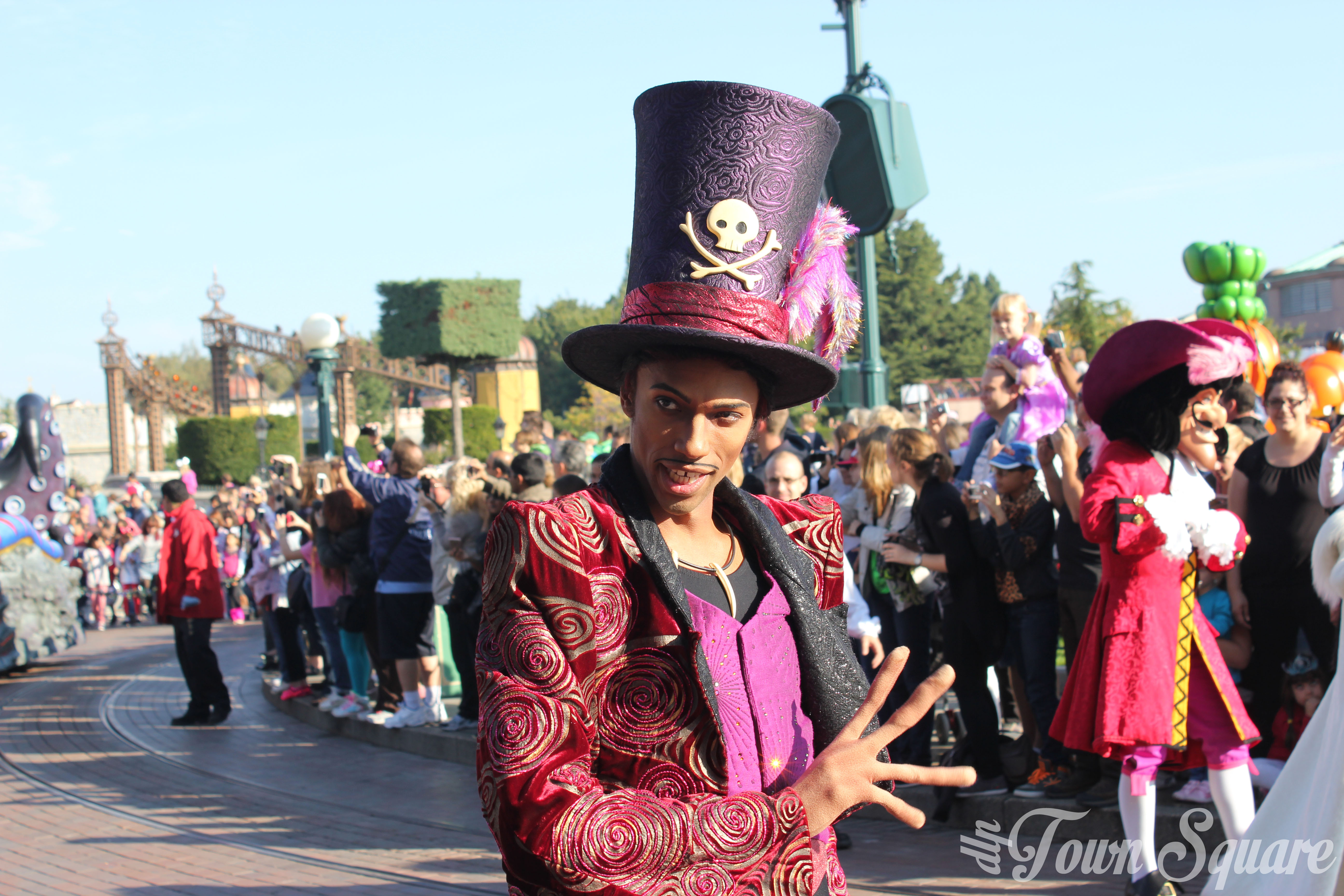 Halloween Villains Promenade Doctor Facilier Disneyland Paris