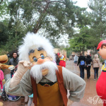 Gepetto in Frontierland at Disneyland Paris