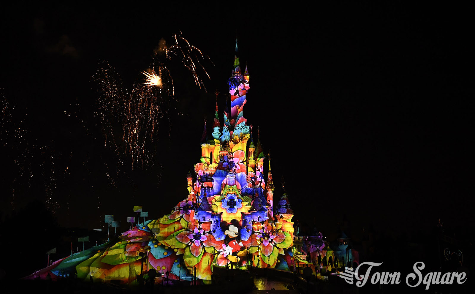 The opening of Disney Illuminations