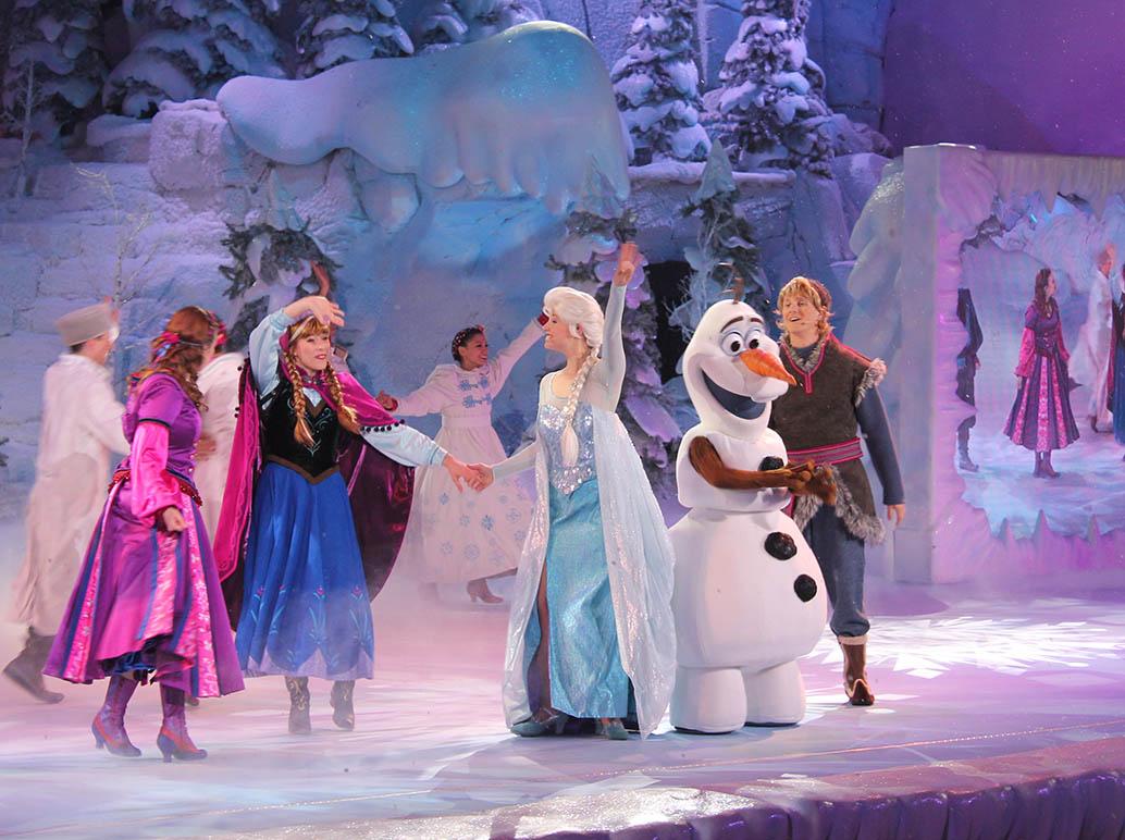 Frozen Sing-a-long in Disneyland Paris