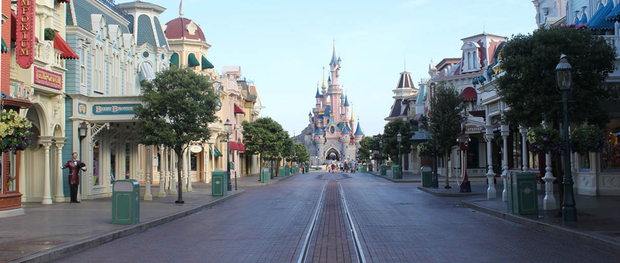 Main Street USA during Extra Magic Time at Disneyland Paris