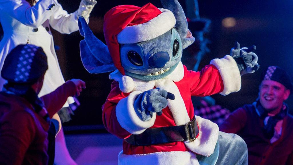 Merry Stitchmas at Disneyland Paris