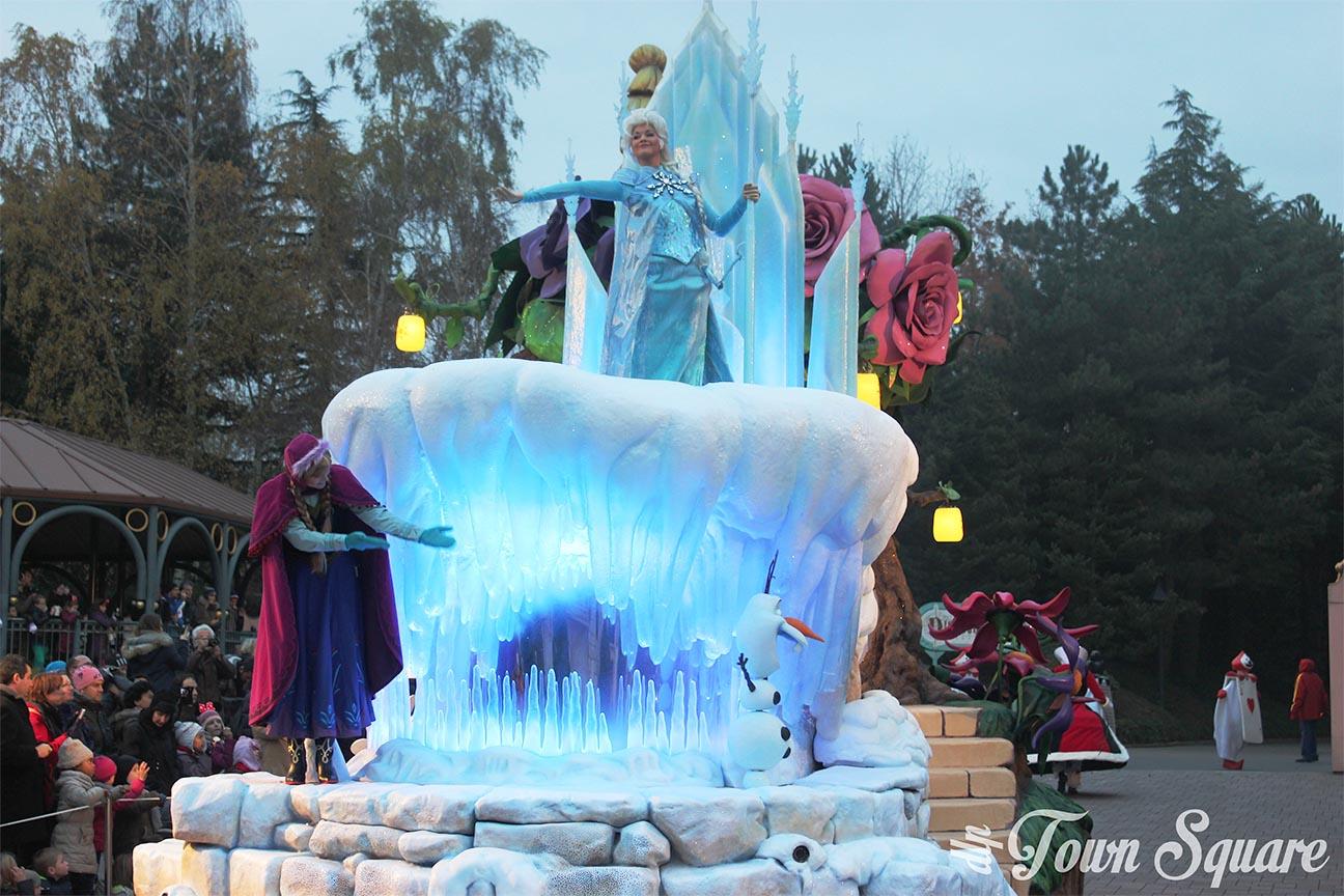 Frozen in Disney Magic on Parade at Disneyland Paris