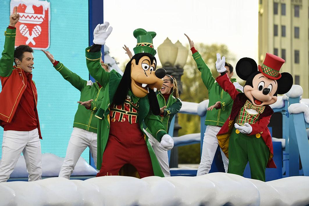 Sing me a Merry Christmas - Disneyland Paris
