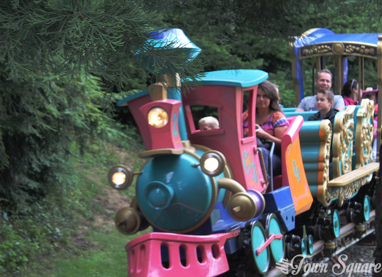 Casey Jr - Le petit train du cirque at Disneyland Paris