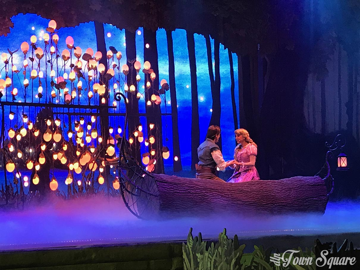Tangled scene in Forest of Enchantment at Disneyland Paris