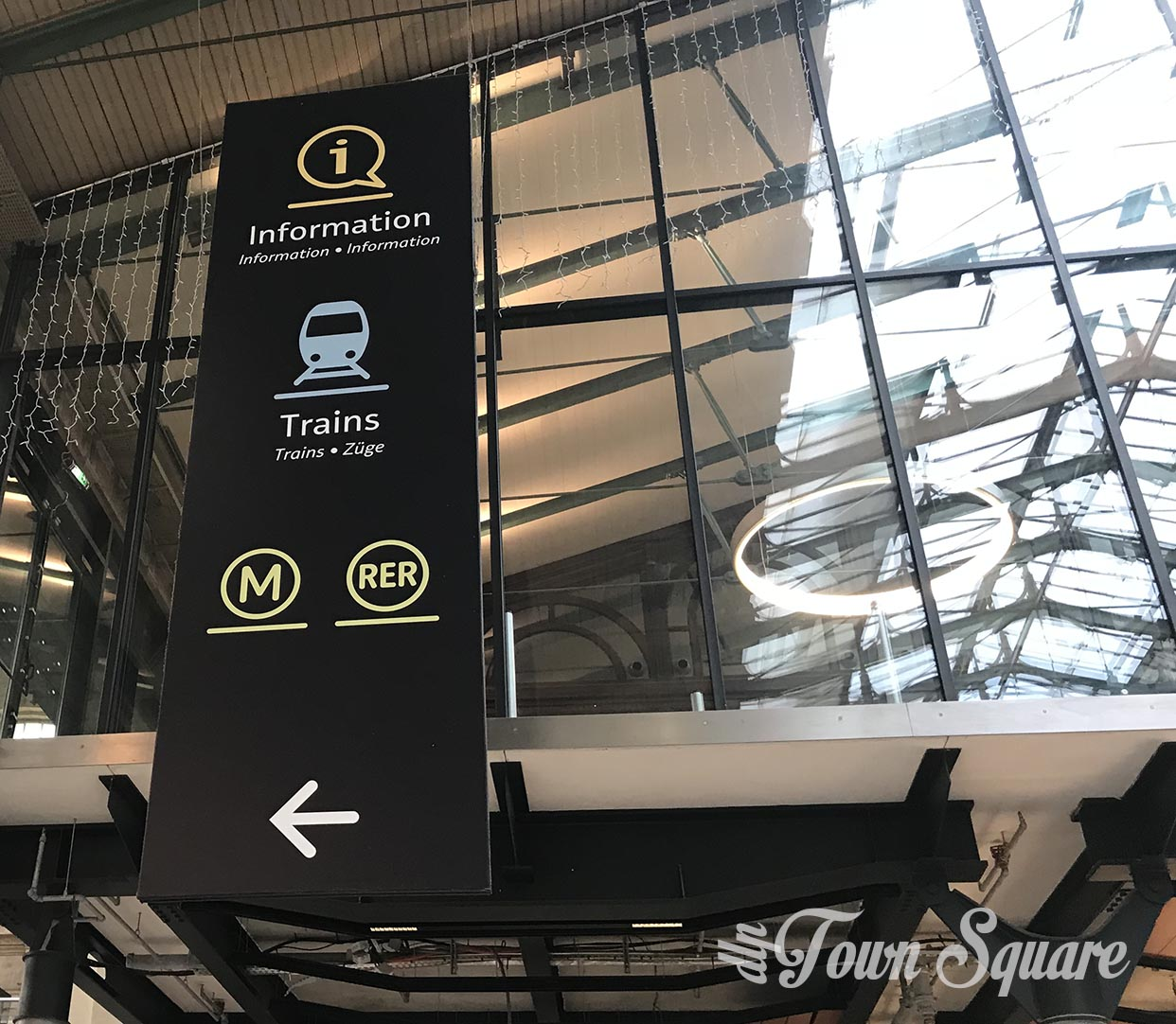 Directions to the Métro and RER in Paris Gare du Nord