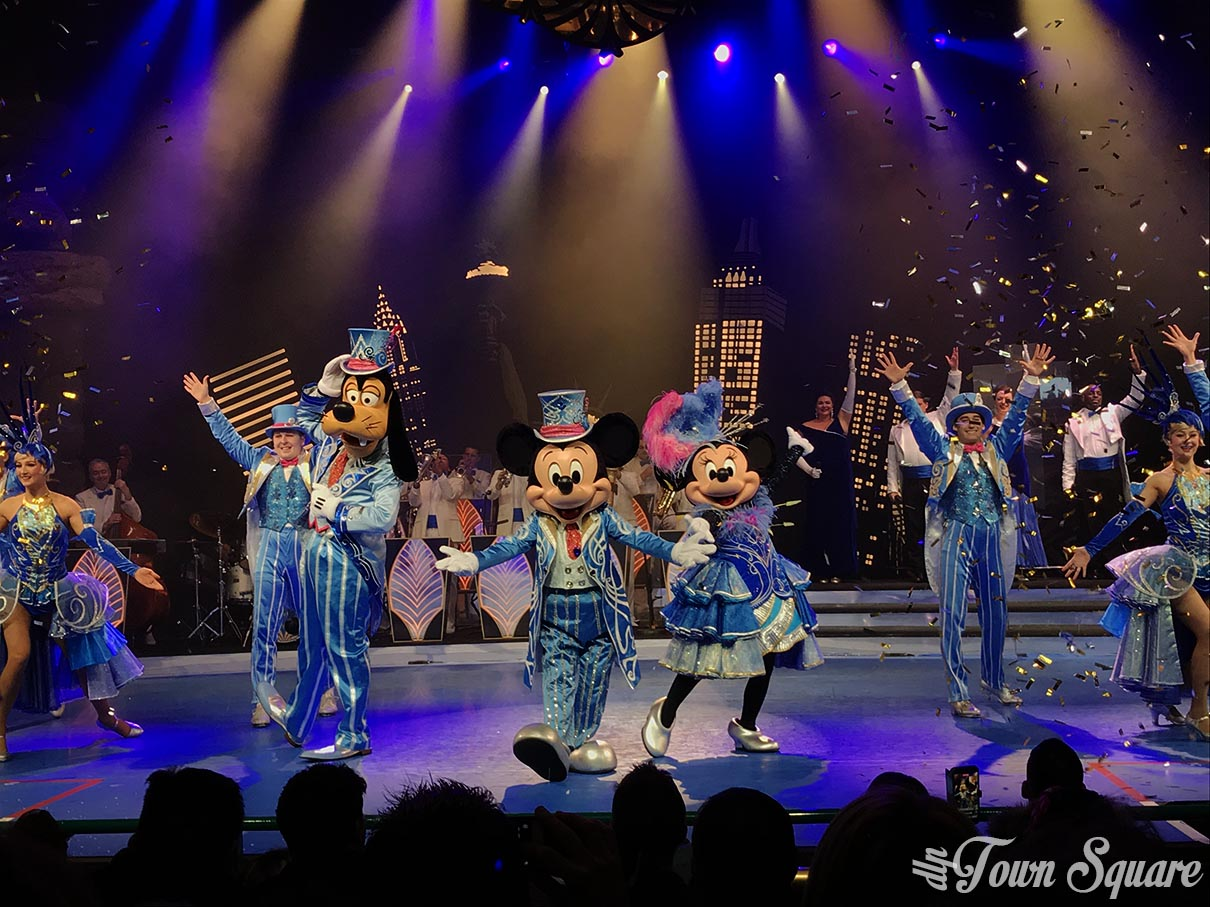 Mickey's Christmas Big Band at Disneyland Paris