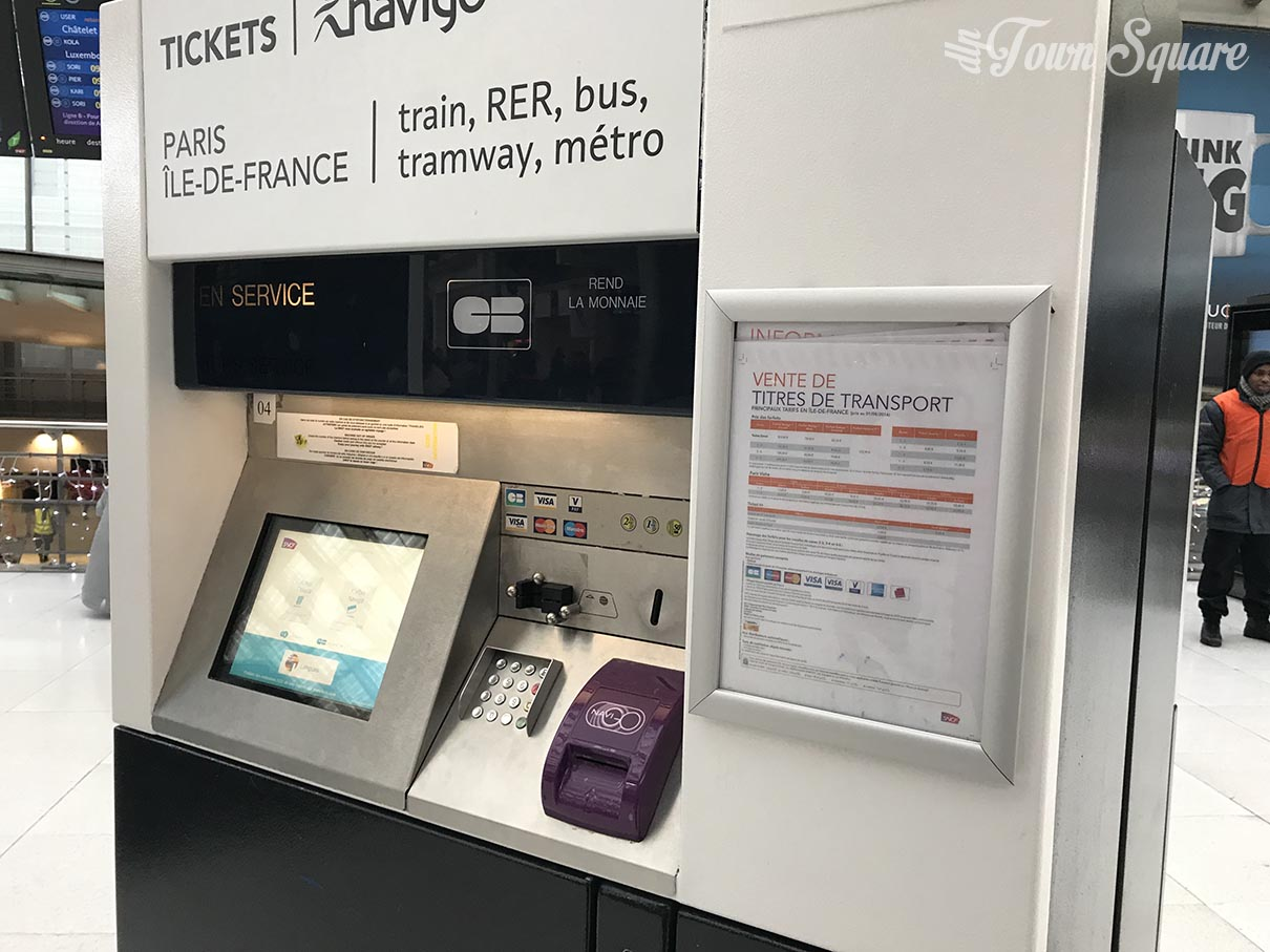 The RER ticket machine in Paris Gare Du Nord