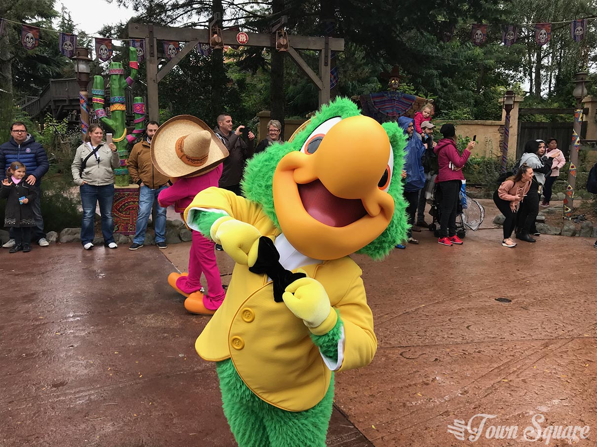 Goofy's Skeletoon Party at DIsneyland Paris during Halloween 2017