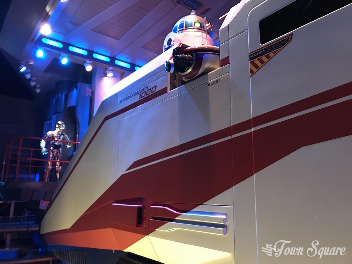 Star Tours in Disneyland Paris