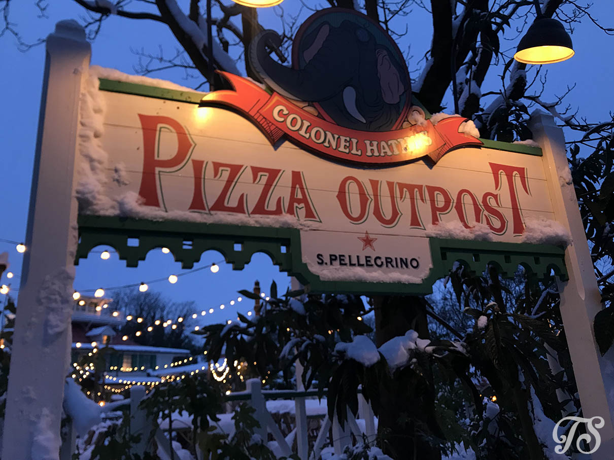 Colonel Hathi Pizza Outpost in Disneyland Paris