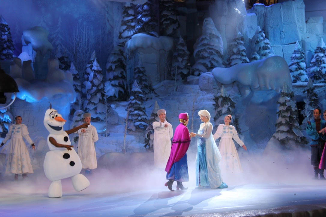 Frozen Singalong at Disneyland Paris