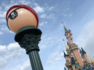 Festival of Pirates and Princesses Lamppost decoration at Disneyland Paris