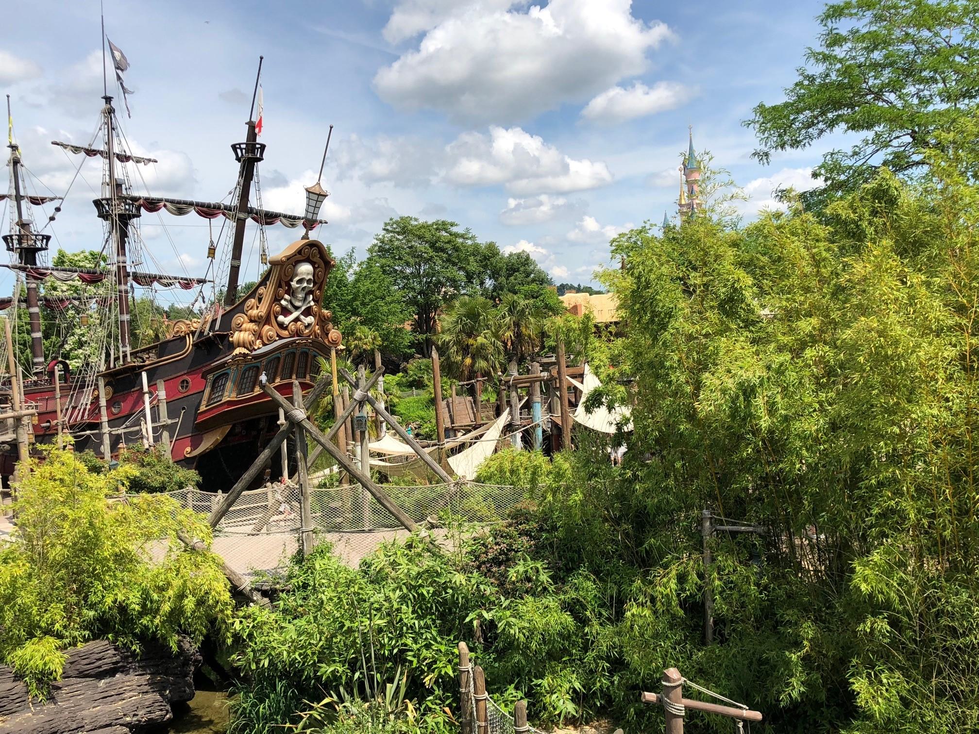 Summer in Adventureland at DIsneyland Paris