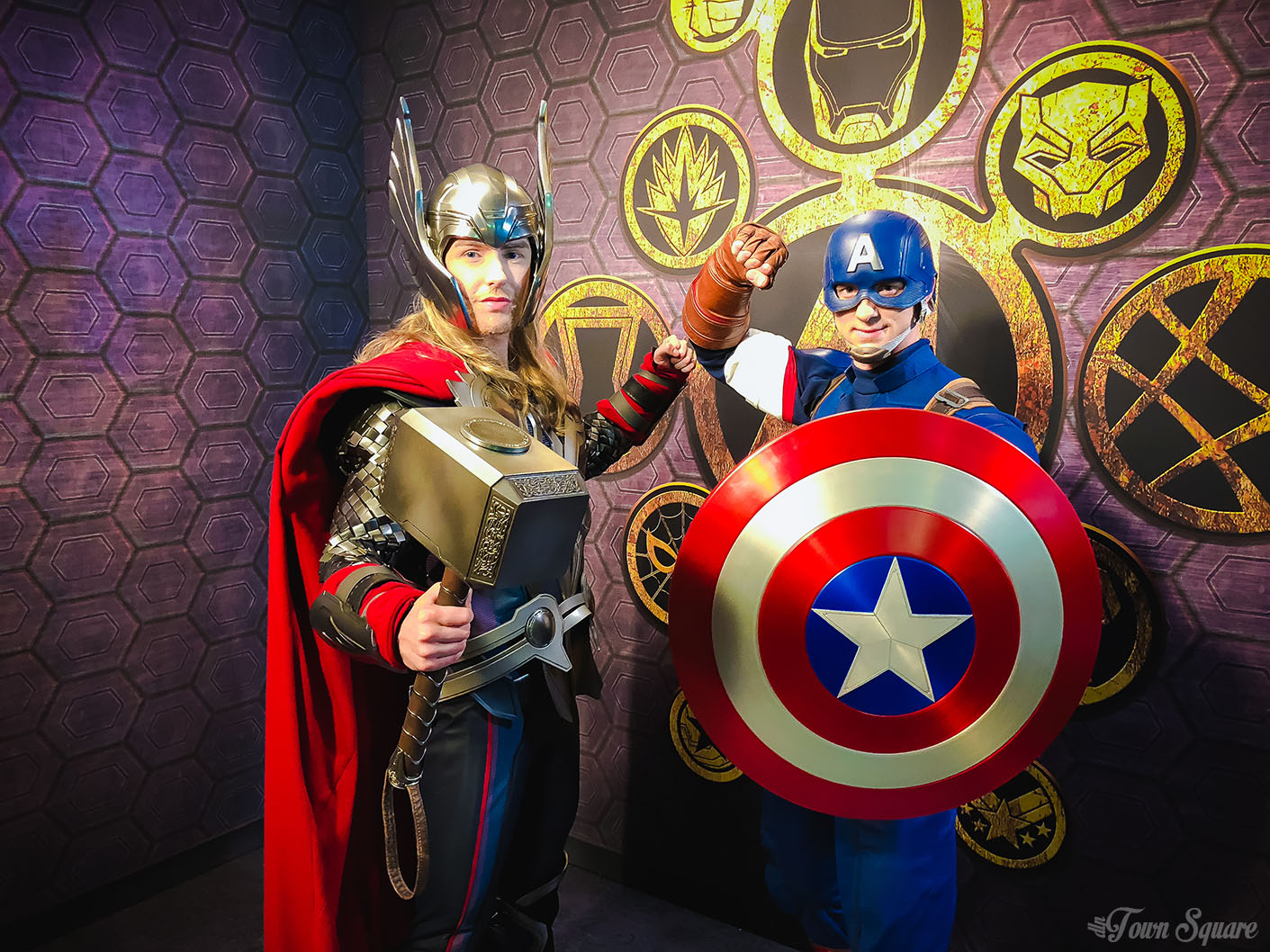 Marvel Signature Meal at Disneyland Paris - Thor and Captain America