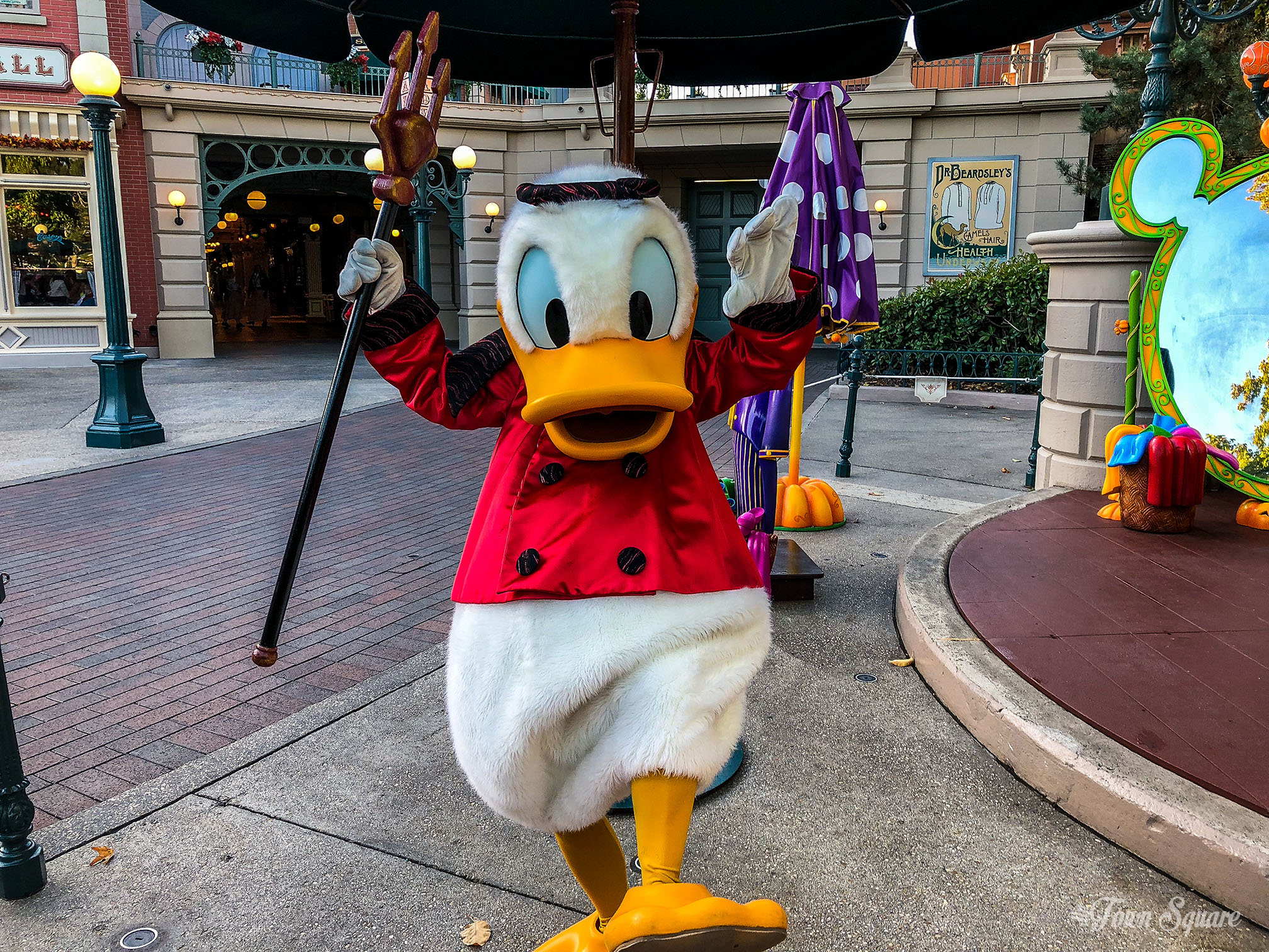 Donald Duck dressed as a Devil during the 2018 Halloween season at Disneyland Paris