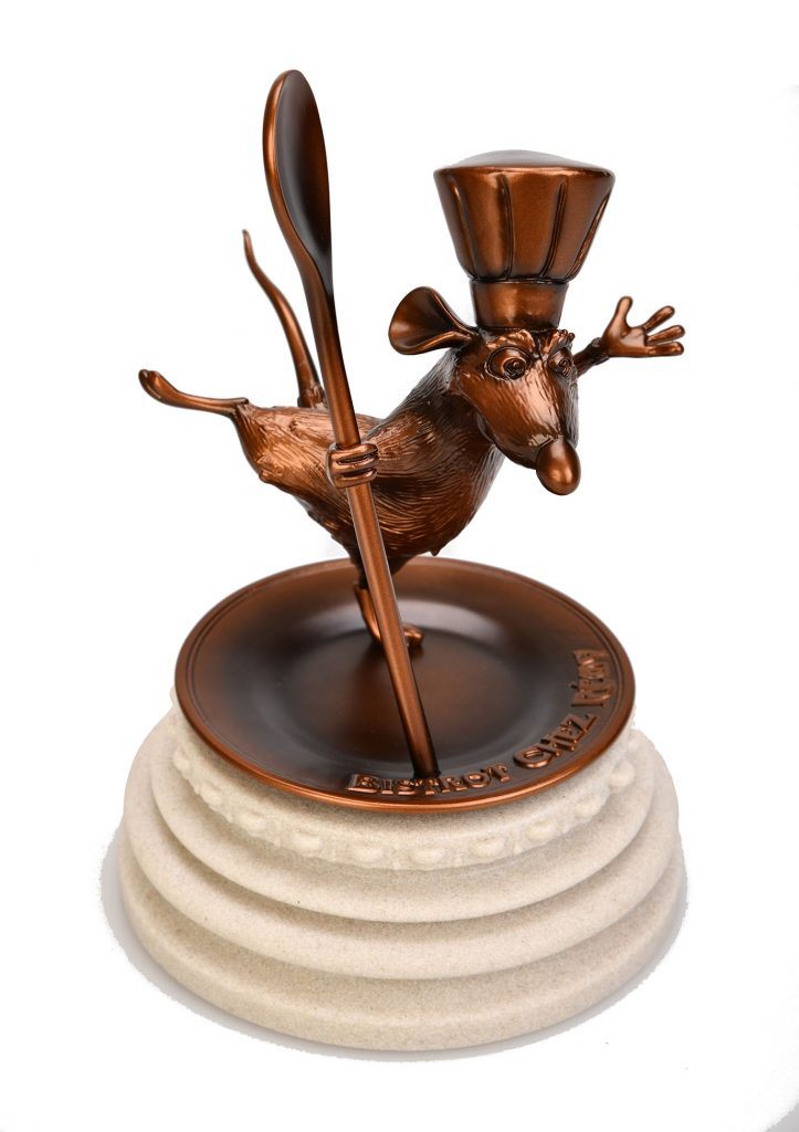 Bistrot Chez Remy collectible statue