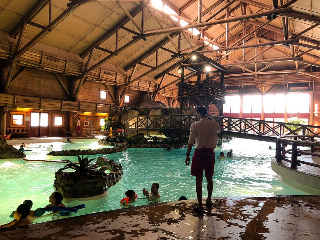 The pool at Disney's Davy Crockett Ranch - Disneyland Paris
