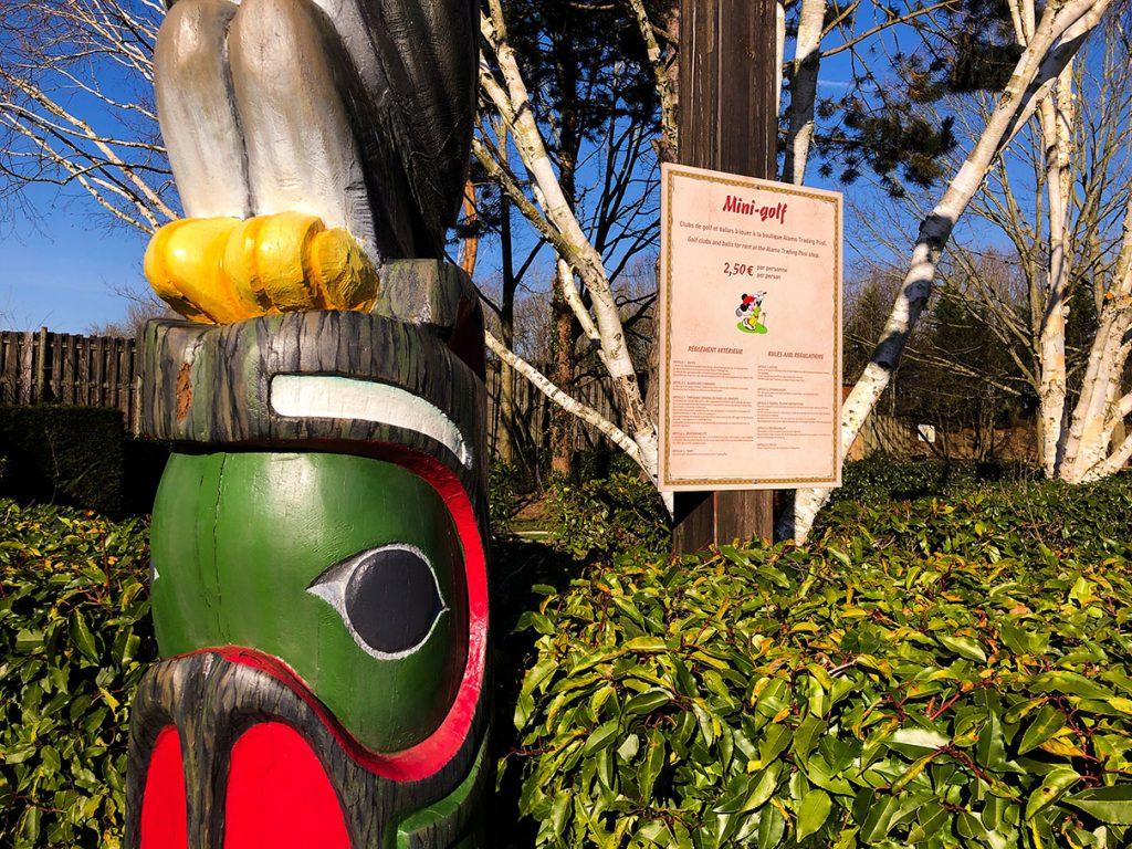 Totem Pole at Disney's Davy Crockett Ranch - Disneyland Paris