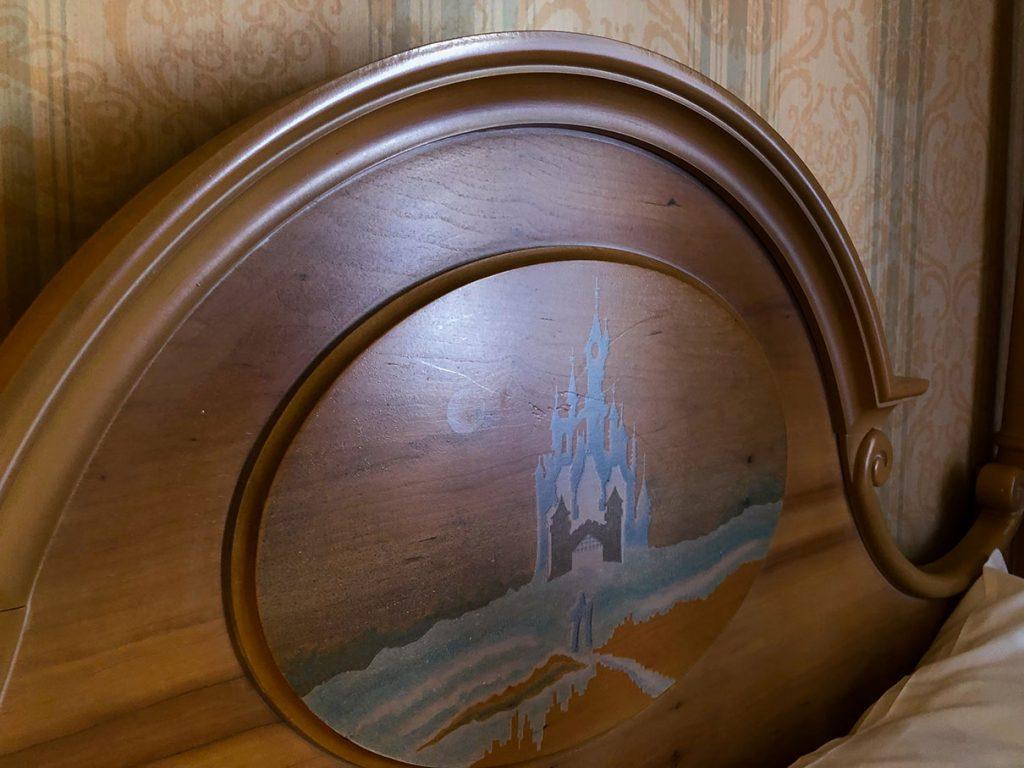Disneyland Hotel headboards - Disneyland Paris