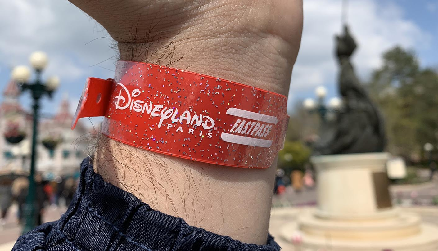 Ultimate Fastpass Wristband at Disneyland Paris