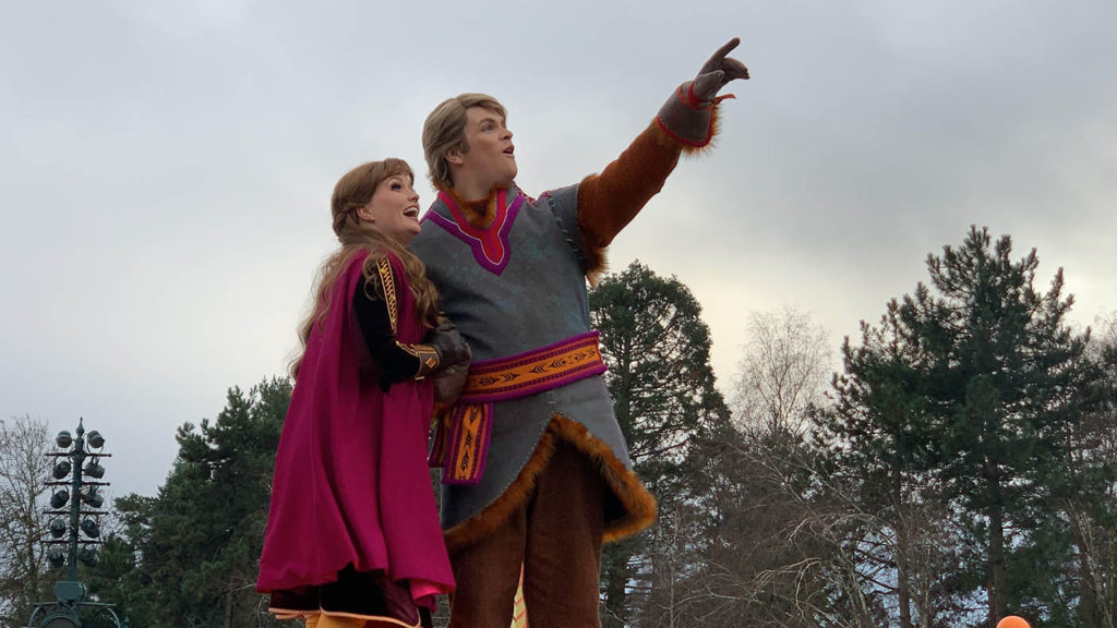 Frozen 2: An Enchanted Journey with Anna and Kristoff admiring the castle